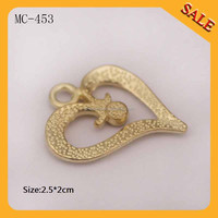 MC453 Heart shape custom designer garment metal hang tag