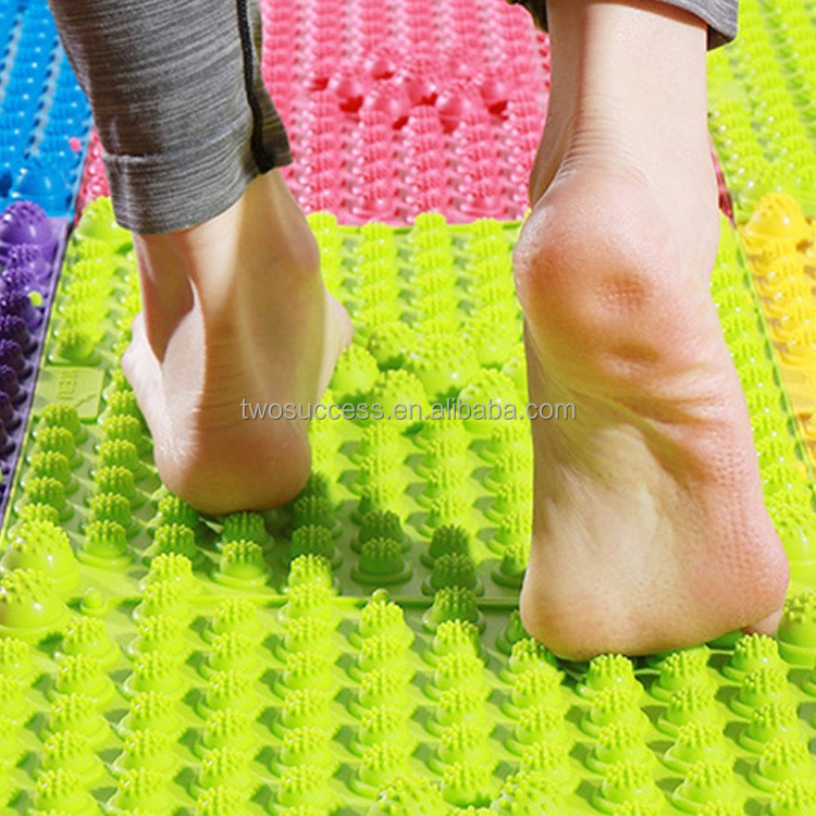 colorful natural rubber acupuncture foot massager mat acupressure massage mat yoga mat factory
