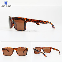 Buying Direct From China Unisex Classic CE Glasses Sun Stock Designer Sunglasses