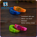 2016 Hot Promotion LED Flashing Souvenir Bracelet For NEW YEAR As Gifts, Colorful Light Up Souvenir Bracelet For Business Promot