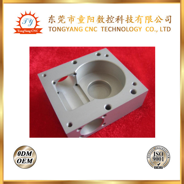 ODM/OEM precision aluminum cnc machining parts custom cnc milling precision parts turning parts aluminum connect light