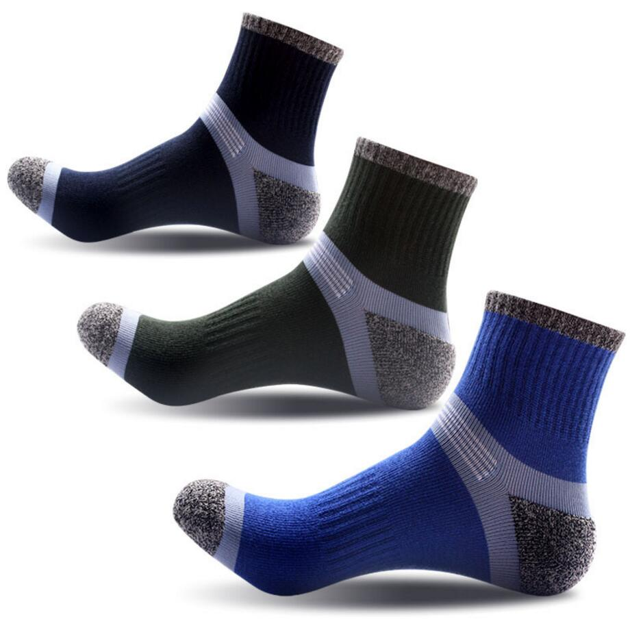New style men's socks outdoor mountaineering sports socks men's tube sock