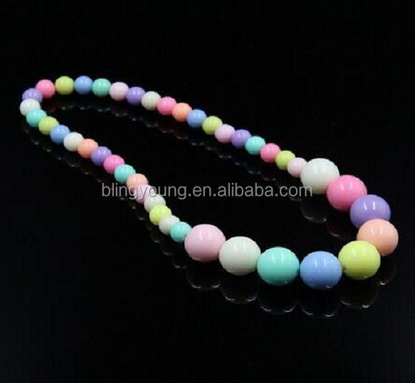 New design handmade DIY multicolour chunky bead necklace for little girl
