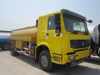 HOWO 6X6 FULL WHEEL DRIVE OIL TRANSPOT TANKER TRUCK WITH CHEAP PRICE