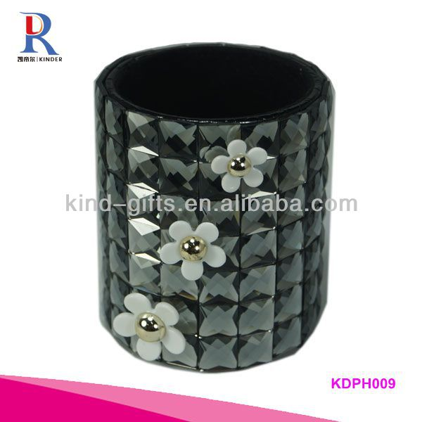 Bling Crystal Black Round Pen Holder With Flower
