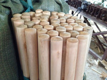 natural wooden broom handle /eucalyptus wooden stick
