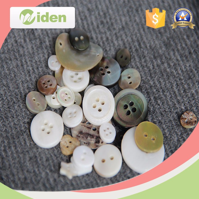 Eco-friendly Natural Button Wooden Shell Button