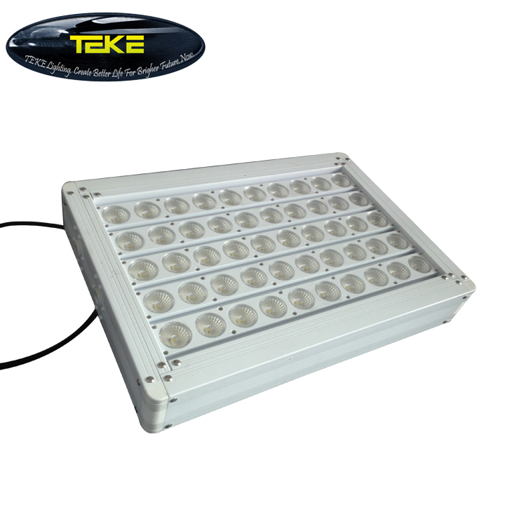 New Solar Power 10W Outdoor Led Flood Light 100W Led Replacement Flood Light Replace 500W Halogen