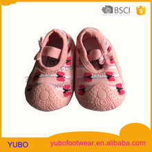 2016 popular and fashion injection baby sock shoe with a bow