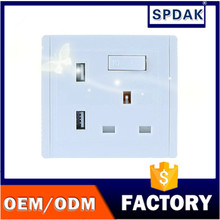 Hot sale British standard socket switch mobile phone support dual USB charging wall socket