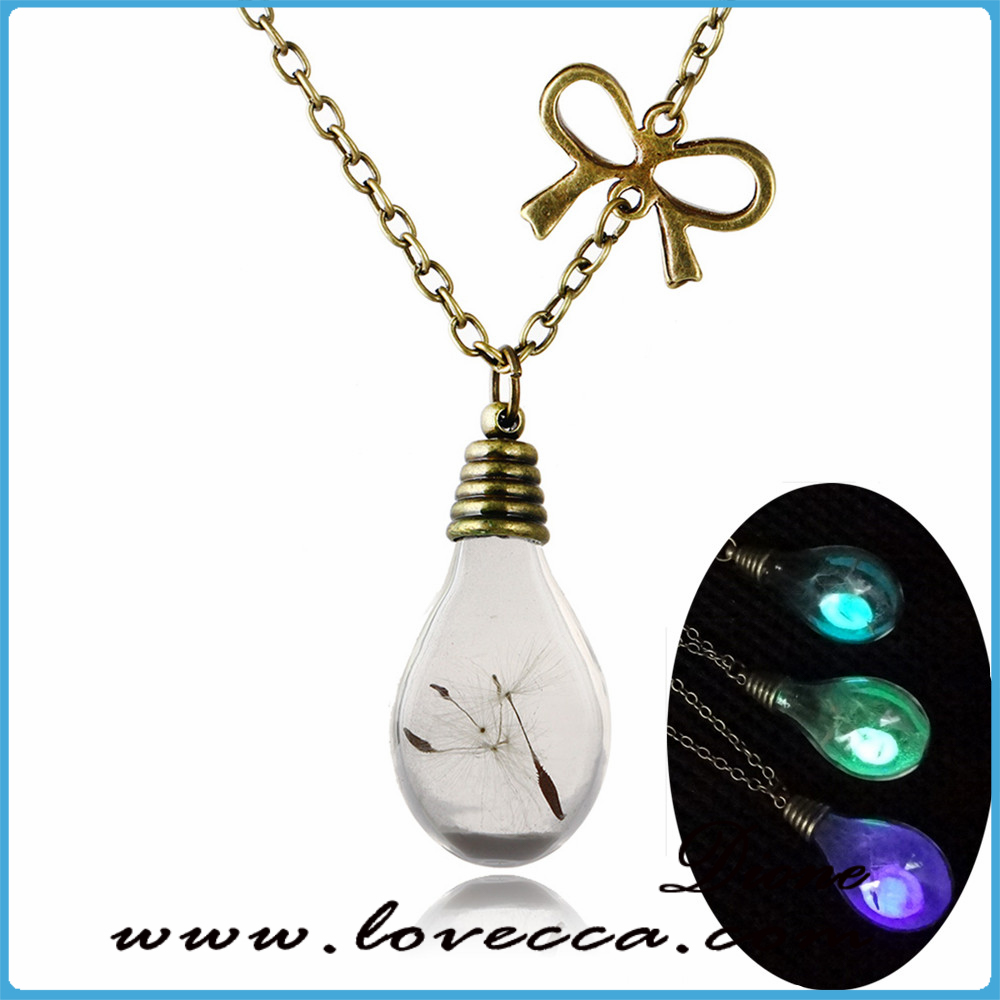 Newest design bulb glowing pendant necklace , glass jewelry glow in the dark