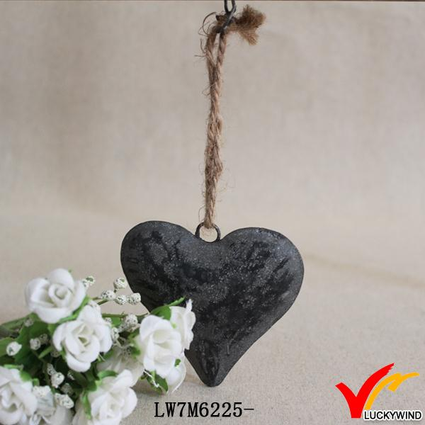 small hanging antique making handicraft heart metal