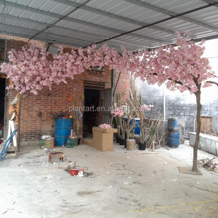 2016 Factory wholesale lifelike artificial cherry blossom tree wedding arches for sale