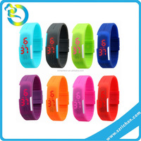 wholesale adult kid blinking silicone wrist band sporting led watches