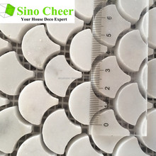 Polished white carrara fish scale fan shaped mosaic tiles for bathroom