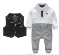 Fashionable high quality baby clothes, baby suit wholesale.