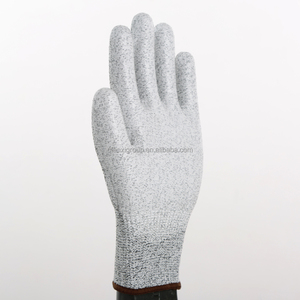 QG-CGL001 UHWMPE Food Grade White PU Coating Level 5 Cut Resistance Chemical Resistant Anti Impact Dipped PU Gloves