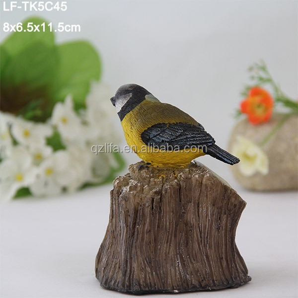 Hot ornament singing birds solar motion light in decorative statues