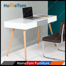2016 Hometom White High Gloss Finish MDF Top Oak Wood Leg Computer Table