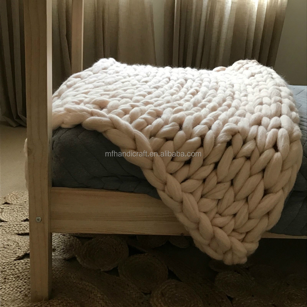 Merino wool bed throw_ Chunky knit Blanket_ Giant crochet blanket _Thick blanket Merino wool_POPULAR