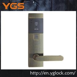 Hotel network door lock with online database