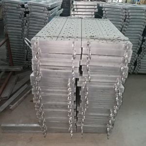 Galvanized anti-rust steel scaffolding plank with hook work platform