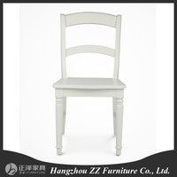 Modern appearence solid wooden frame classical dining chair