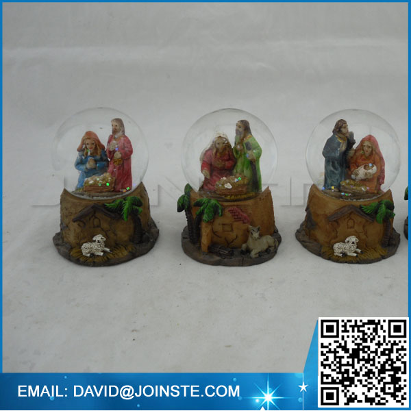 Custom water globe nativity set snow globe