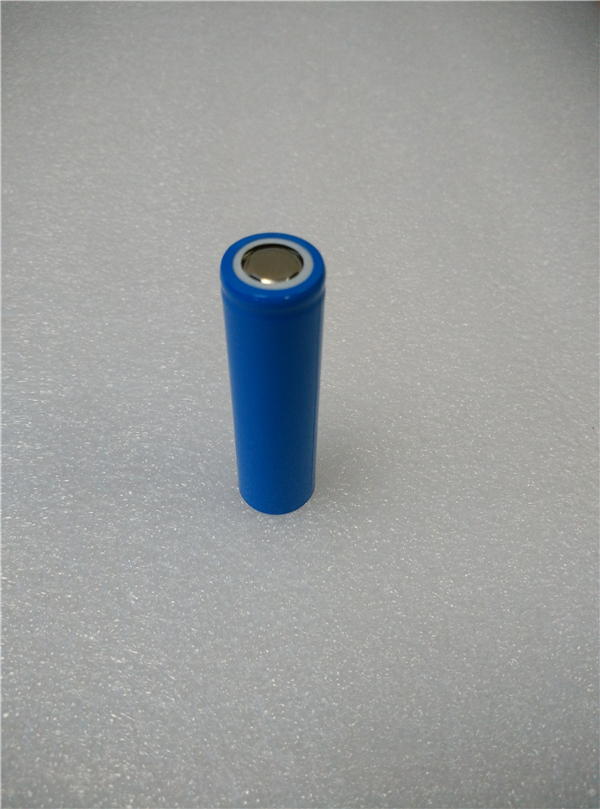 Factory wholesales price lithium ion 18650 battery 3.7V 2200mAh Li-ion 18650 rechargeable battery cheap price 3.7V 2200mAh