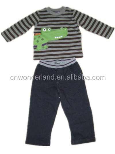 latest design knitted baby clothes wholesale creeper character clothing set