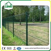 Powder coated square wire mesh fence with folds