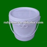 packaging plastic barrels