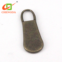 CHENGDA Useful And Durable Personalized Brand Logo Zipper Head Slider Puller Tabs