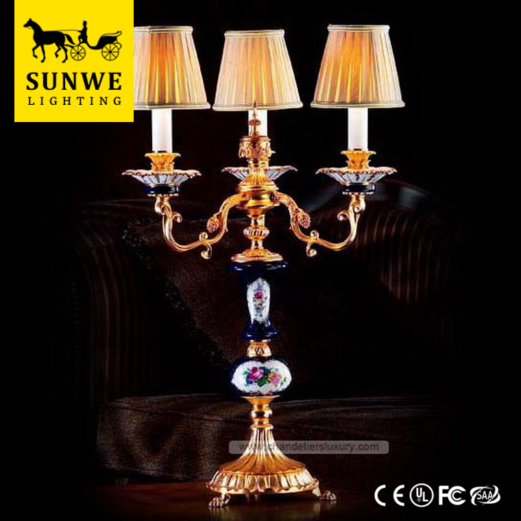French lighting Famous Brand Baroque 3 Lights Home Lampshade Bronze Porcelain oil lamp for table