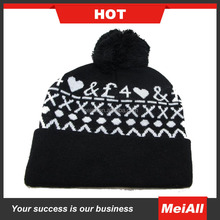Wholesale Cable Chunk UK Style Acrylic Crochet Hat with Raccoon Fur Pom Bubble beanie aht cap