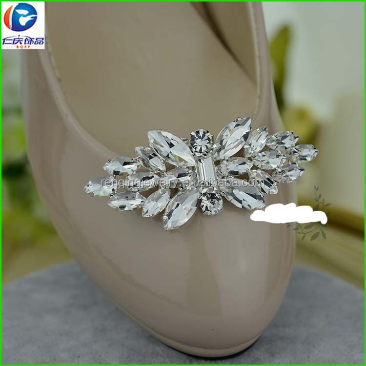 2017 New style Silver metal color crystal glass and diamond high heel moveable shoe clips