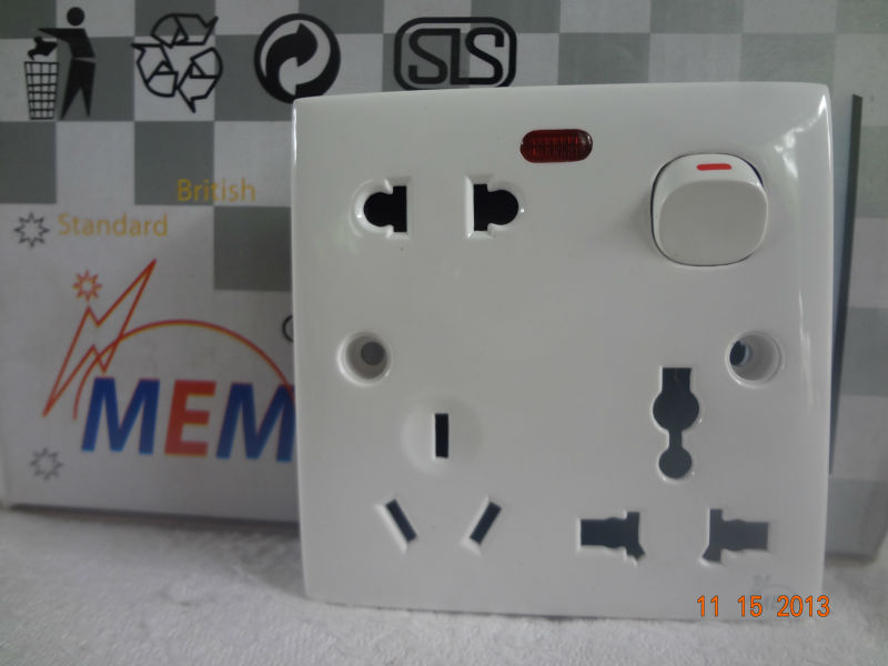 5Amp/13Amp multi socket with neon light