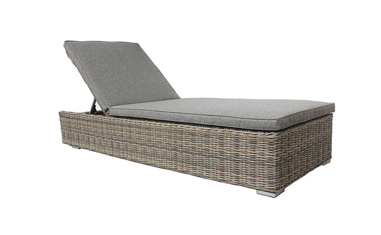 Factory direct custom wicker stylish patio sun lounger