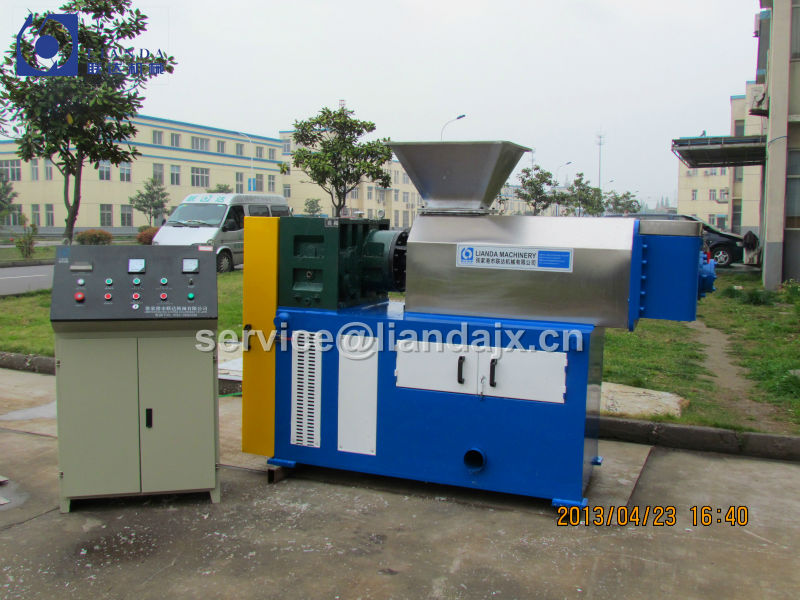 300kg/h PE, PP plastic film squeezing dryer with CE certificate