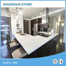 White sparkle quartz countertop for kitchen