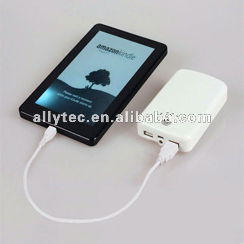 8000mah External battery source charger for iphone4/4s Samsung Nokia Sony PSP LG all smart mobile phone