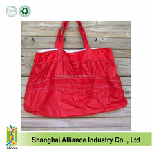 LARGE RED NYLON RIPSTOP PARACHUTE SLIDER TOTE BAG