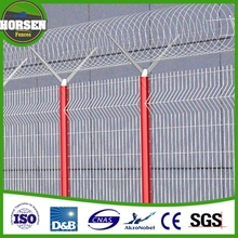 2013 Wholesale Cheap Galvanized Decorative Airport Prison Barbed Wire Picket Fence Sale