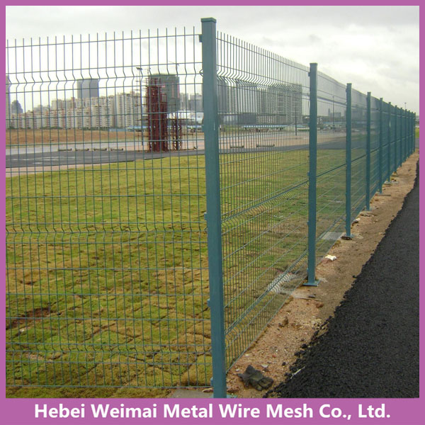 Hot sale pvc coating wire mesh fence with folds