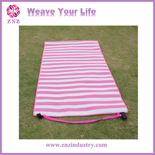 ZNZ fashion new hot polypropylene carpet folding mat folded beach mat