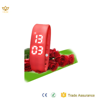 Factory OEM made in china 3D pedometer programmable Led digital smart watch mobile phone W2P