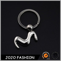 Fashion letter m keychain, new design alphabet letters key ring/