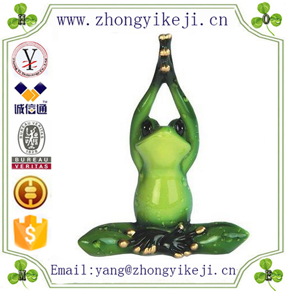 2015 chinese factory custom made handmade carved hot new product funny polyresin stone green yoga frog