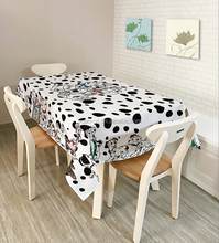 Modern Custom Design Wedding Gaming Polyester Material Printed Table Cloth