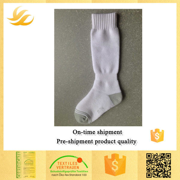 Best quality fashion 100 wool socks made in China